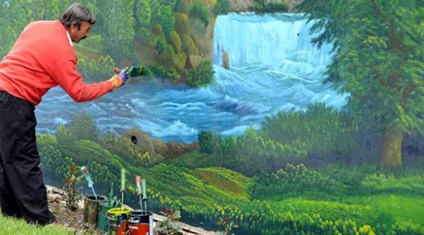 Belediye'nin 'ilk taşeron ressamı'