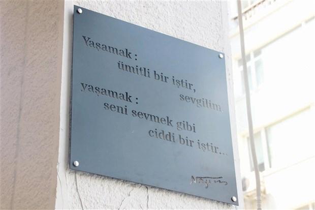 kadikoy-duvarlarinda-bir-komunist-nazim-hikmet-296650-1.